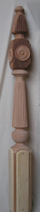 Reeded newel post